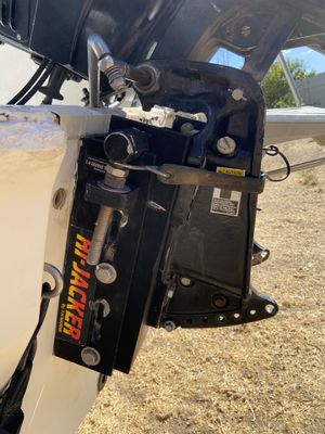 1985 mercury outboard black max 150 hp two-stroke boat engine for Sale in Glendale, AZ
