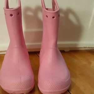 Crocs Rain Boots For Girls Size 2 for Sale in Los Angeles, CA