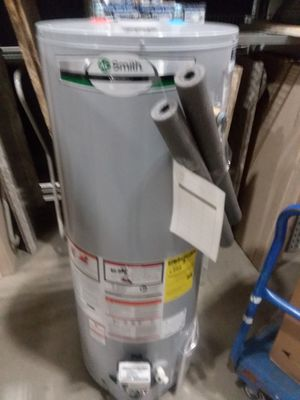 Brand New AO Smith 50 Gallon Gas Water Heater w/ installation included for Sale in Beltsville, MD