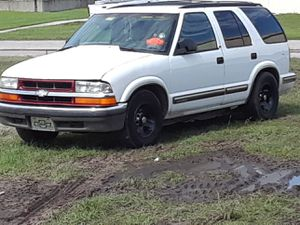 98 Chevy Blazer with a 350 for Sale in Orlando, FL