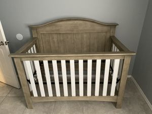 Baby crib and nursery furniture for Sale in Orlando, FL