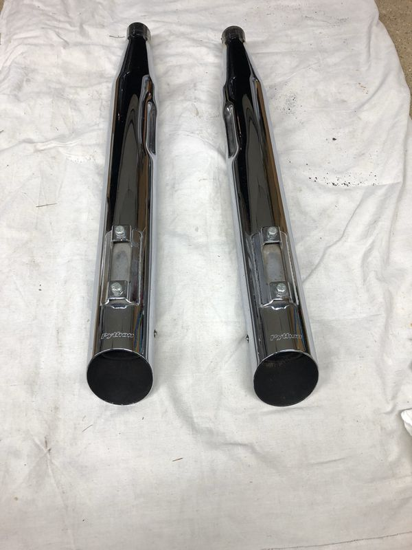 Python reverse slash cut slip on pipes from 2014 Harley Street Glide