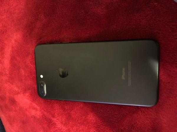 I phone 7plus jet black [Locked]