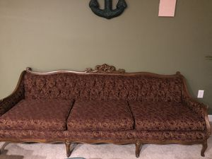 Antique couch (little angels as design) for Sale in Silver Spring, MD