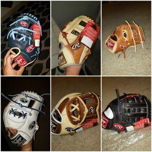 Rawlings Wilson A2000 Heart of the hide baseball gloves for Sale in Riverside, CA