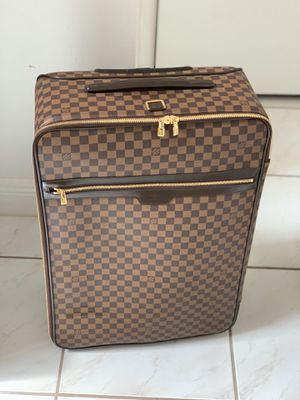 Authentic LOUIS VUITTON Pegase 55 Carry Brown Rolling Travel Bag N41187 for Sale in Miami, FL
