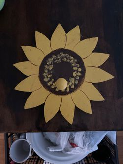 Decorative Sunflower Wall Hanger for Sale in San Angelo,  TX