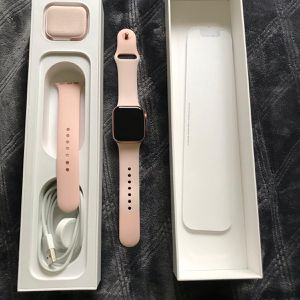 Apple Watch Series 4 | 40 mm for Sale in Manassas, VA