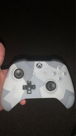 Xbox one controller for Sale in Modesto, CA