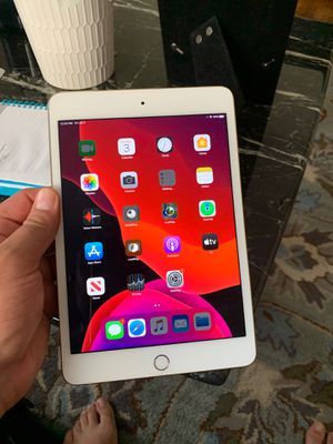 Almost Brand new i pad mini for Sale in Franklin Square, NY