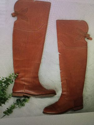 Women ($300) riding boots, top quality leather, size 7, selling for $120!!! for Sale in Chula Vista, CA