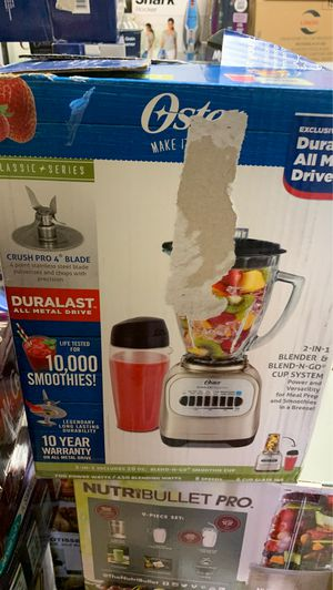 Oster Classic Series Blender with Travel Smoothie Cup - Chrome BLSTCG-CBG-000 for Sale in Matthews, NC