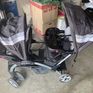 Baby Stroller And Car seat for Sale in Arlington, TX