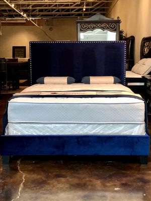 Queen Navy Velvet Bed with Mattress Free Delivery for Sale in Dallas, TX