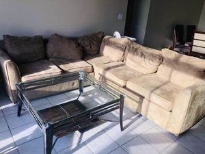 Sofa and Coffee Table for Sale in Pembroke Pines, FL
