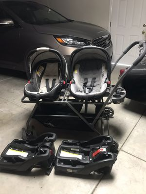 TwinRoo travel system for Sale in Las Vegas, NV