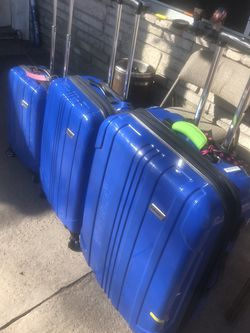 Coleman luggage roller spinners for Sale in Pasadena,  TX