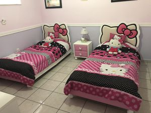 Hello kitty beds and furniture for two princesses bedroom for Sale in Hialeah, FL