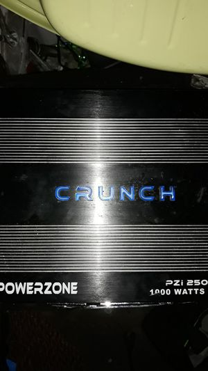 Crunch amp 1000w for Sale in El Monte, CA