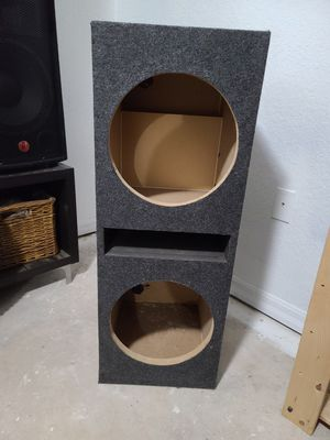 Dual 12in subwoofer ported box for Sale in Miami, FL