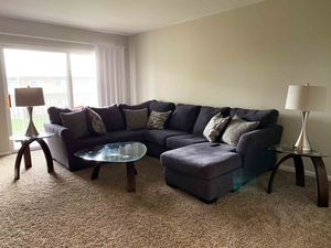 Living room set + 4K SMART TV for Sale in Rolling Meadows, IL