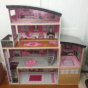 Doll house for Sale in Boston, MA