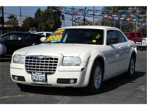 2008 Chrysler 300 for Sale in Fresno, CA