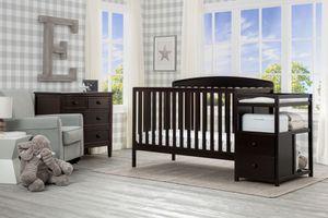 Delta crib 3-in 1 for Sale in East Compton, CA