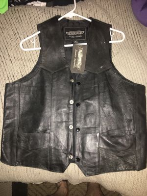New leather vest size 40 only 35 Firm for Sale in Glen Burnie, MD