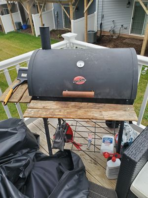 Char grilled 80$ as is for Sale in Haymarket, VA
