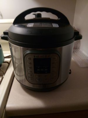 Brand New instant pot duo for Sale in Inver Grove Heights, MN