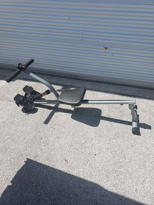 Sunny SF-RW1205 Rowing machine for Sale in Clearwater, FL