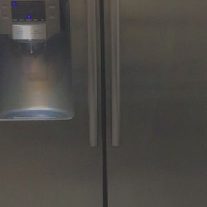 Samsung Refrigerator for Sale in Kissimmee, FL