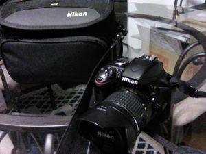 NIKON D3300 for Sale in Seattle, WA