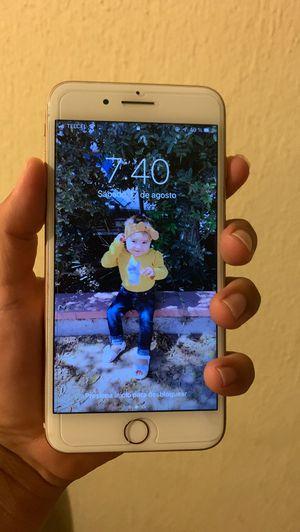 Iphone 8 plus for Sale in Tijuana, MX