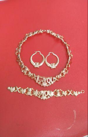 🚚💨I deliver🚀I Ship...😍😍14kt 💎Gold filled 💦 Necklace earrings and bracelet 🌟🌟🌟🌟🌟 for Sale in Fort Lauderdale, FL