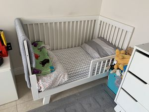 Babyletto crib and changing table for Sale in Fort Lauderdale, FL