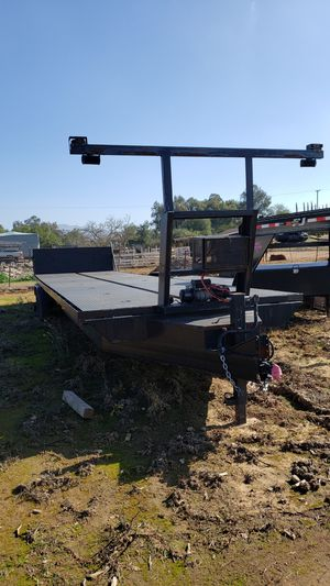 35 foot TILT TRAILER WITH 8 lug wheels for Sale in Houston, TX