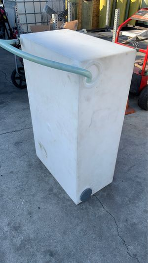 Water tank 60 galones used for Sale in Los Angeles, CA