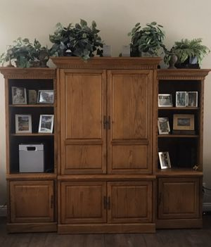 Nice entertainment Center $180 for Sale in Merced, CA