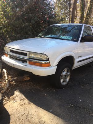 2004 Chevy s10 PART OUT for Sale in Bailey's Crossroads, VA