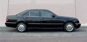 1997 Mercedes E320 for parts for Sale in Seattle, WA