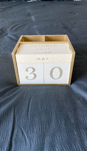 Pencil holder with date blocks for Sale in Goodyear, AZ
