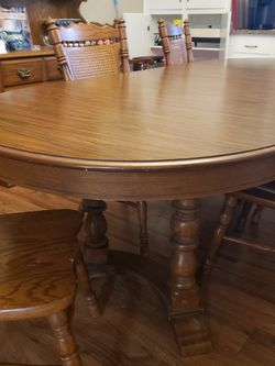 Tell City Tanbark Oak Dining Table & 5 Chairs for Sale in Temple,  TX