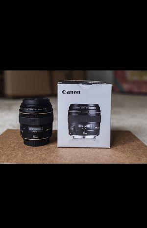 Like new Canon EF 85mm f/1.8 USM for Sale in Crestview, FL