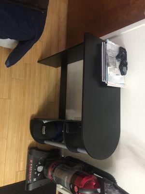 Small desk for Sale in Chico, CA