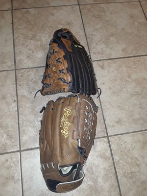 """SOFTBALL GLOVES RHT / 12 1/2"""" BOTH. $50 FIRM ON PRICE BOTH! for Sale in Las Vegas, NV"""