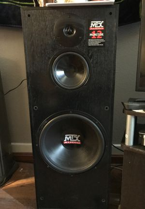 2 MTX Audio 500 watt HD monitor 12 speakers for Sale in Tacoma, WA