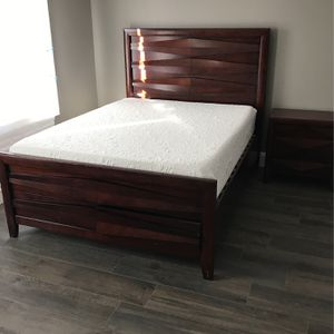 Bedroom Set With Mattress for Sale in Medford, NY