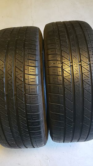 Dunlop in good condition 2 tires 225 45 19 good tread for Sale in Trinity, FL